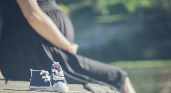 Pregnant & Breastfeeding Women Aren't Getting Enough Omega-3